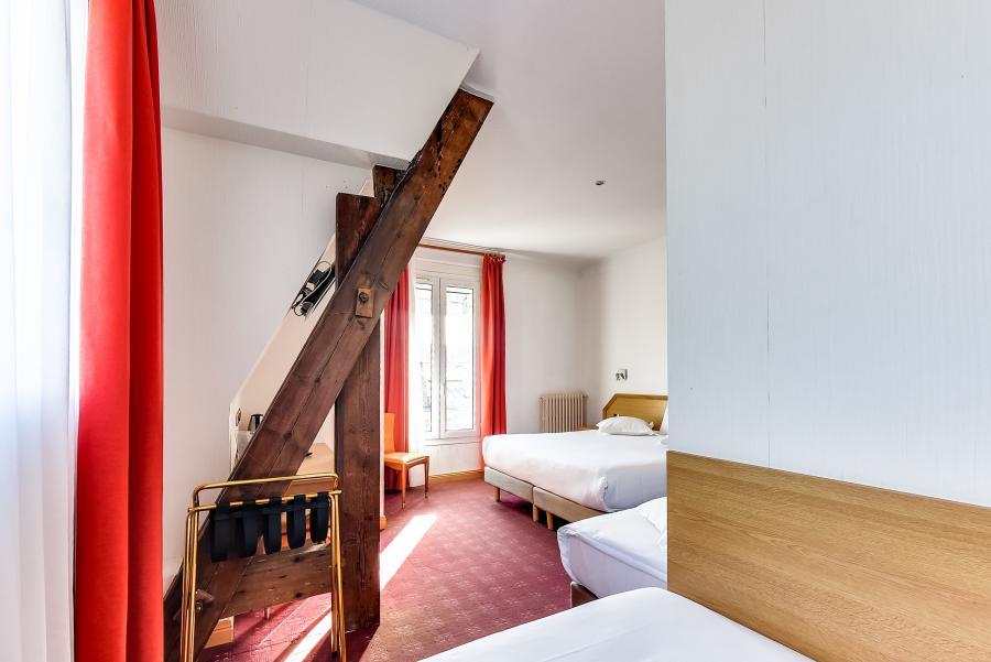chambre saint malo hotel pas cher sur la digue pi tonne. Black Bedroom Furniture Sets. Home Design Ideas