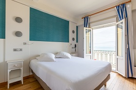 chambre twin double  vue sur mer hotel kyriad saint malo plage