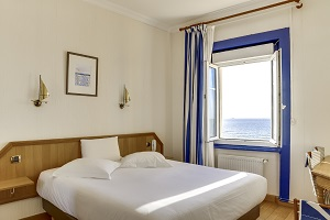 Chambre double vue sur mer hotel kyriad saint malo plage